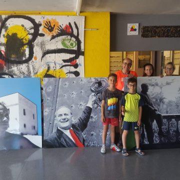 111 – EL CENTRE MIRÓ FA DONACIÓ DE 3 GRANS FOTOS DE JOAN MIRÓ A L'IES ANTONI BALLESTER DE MONT-ROIG